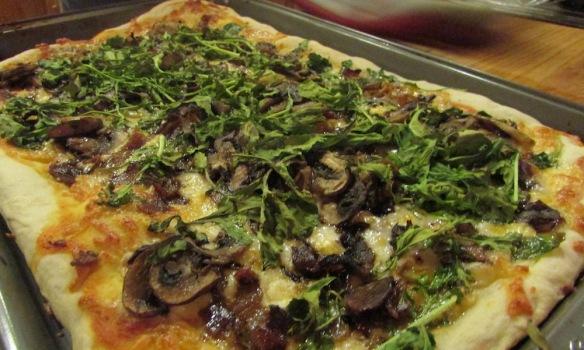 finished arugula pizza
